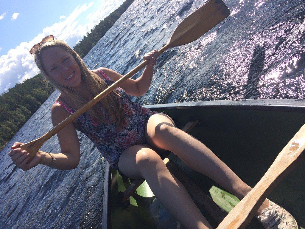 Anna paddling